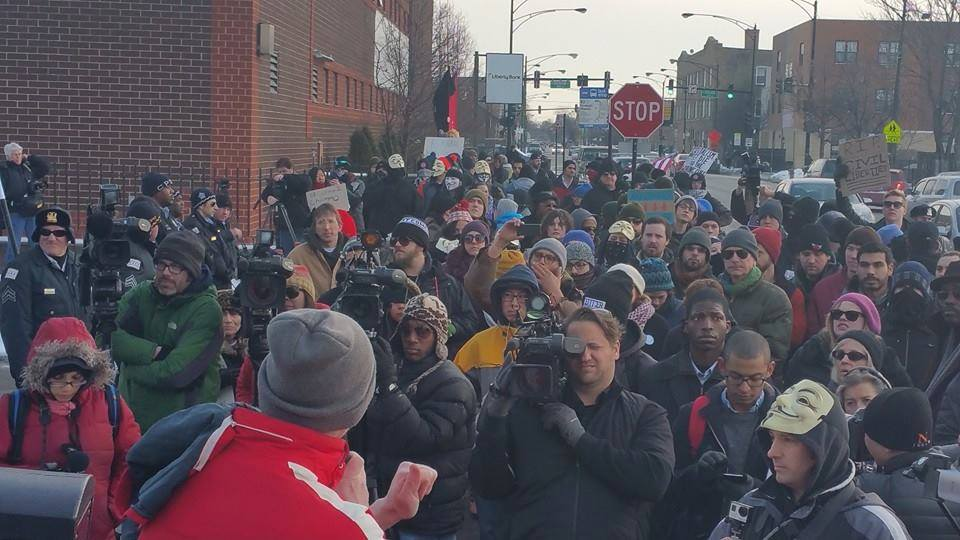 "SI Helps Activists Rally to ""Shut Down Homan Square"""